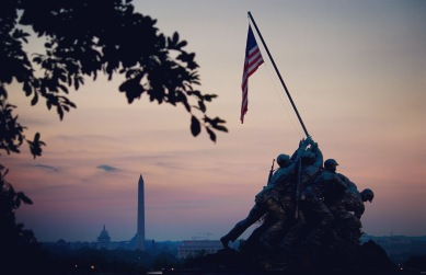 early-morning-view-of-dc-and-marine-corps-memorial_28554377716_o