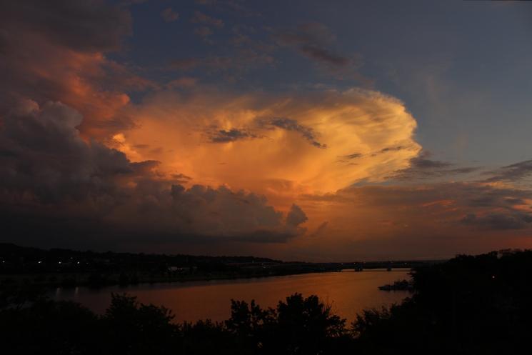 gorgeous-sky-in-dc-tonight_28120206110_o