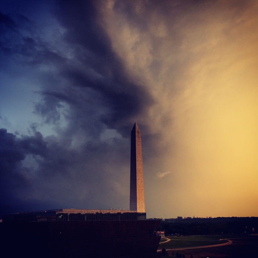 amazing-sky-over-the-washington-monument_20720638826_o