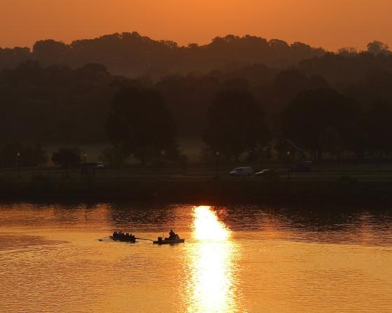 anacostia-river-at-sunrise_16802931793_o
