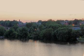 anacostia-river-monument_19112748154_o