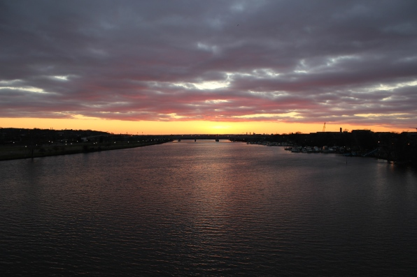 anacostia-sunset_15837227080_o