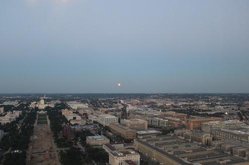 blue-moon-over-dc_20199497192_o