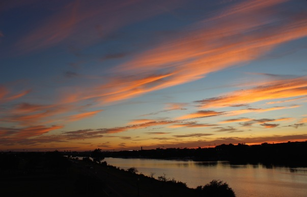 soft-sky-over-the-anacostia_20751091816_o