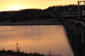 sunrise-in-hill-east_16247177728_o