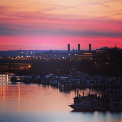 sunset-over-the-anacostia-early-march_16509415487_o