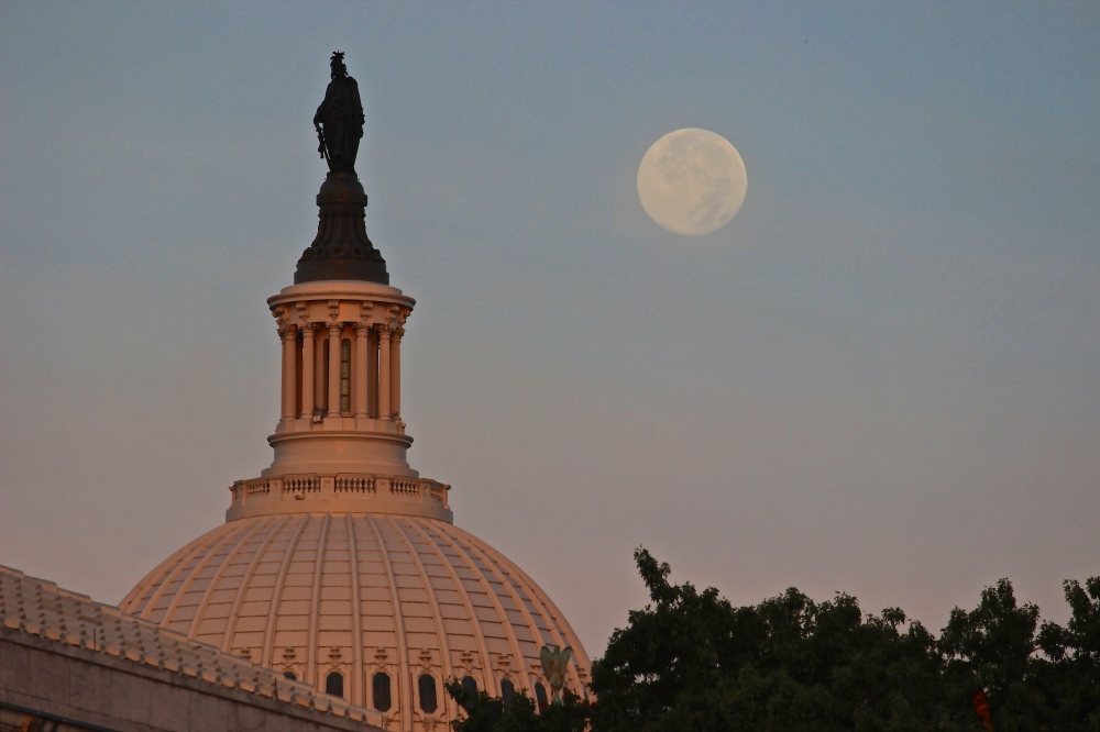 supermoon-capitol-supreme-court_14706355969_o