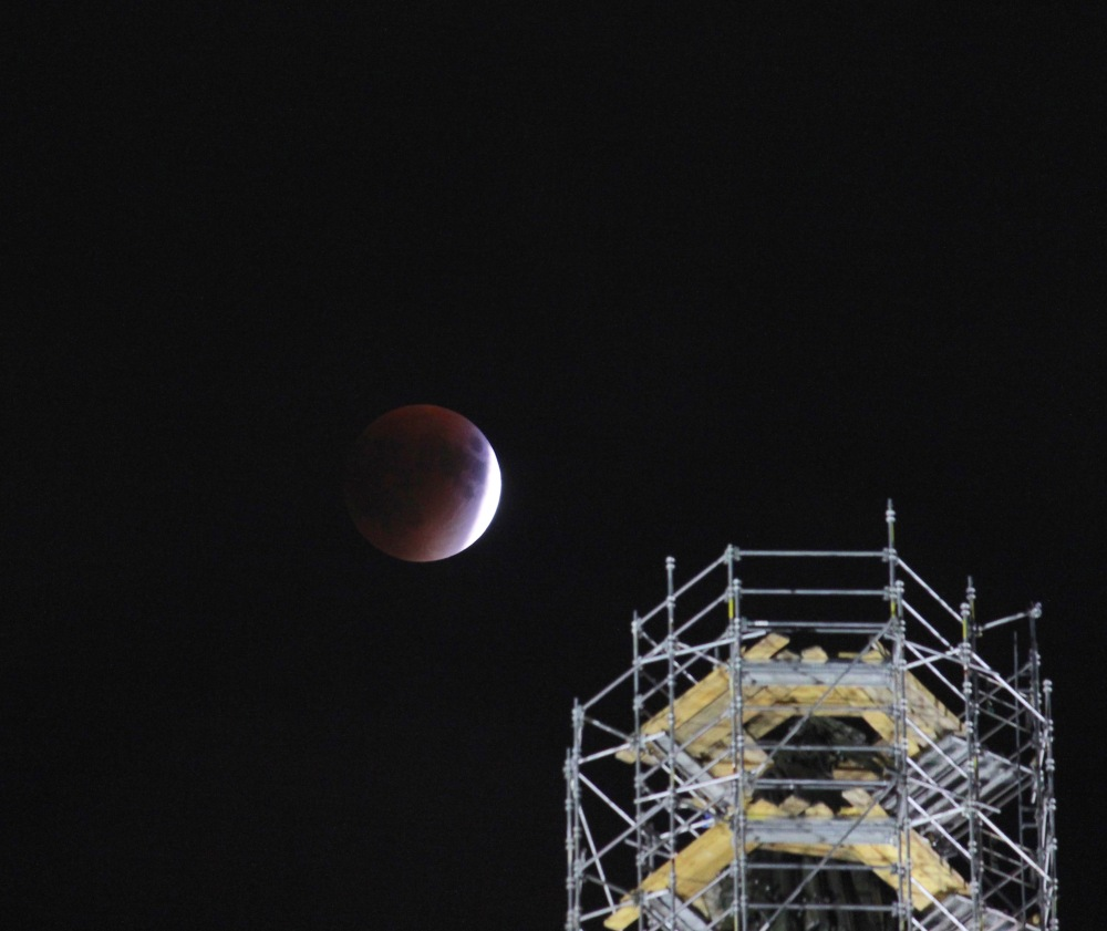 2015-blood-red-moon_39190055915_o
